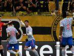 striker-manchester-united-portugal-cristiano-ronaldo-tengah-merayakan-setelah-mencetak-gol.jpg