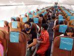 suasana-di-dalam-pesawat-garuda-indonesia.jpg