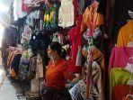 suasana-jual-beli-di-pasar-terminal-loka-crana-bangli.jpg