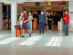 suasana-kedatangan-penumpang-di-bandara-internasional-i-gusti-ngurah-rai-baslimjs.jpg