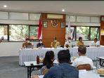 suasana-pertemuan-menparekraf-dengan-perwakilan-bali-tourism-board-di-kantor-btb-renon-denpasar.jpg