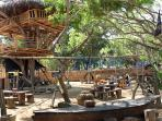 suasana-rumah-pohon-the-pirates-bay-bali_20151012_182435.jpg