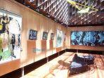 tampilan-pameran-seni-tunggal-dari-anton-subiyanto-yang-mengusung-tema-invisible-journey.jpg