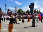 tim-kesenian-kbri-moskow-pada-acara-pembukaan-hari-kota-ivanovo.jpg