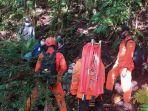 tim-sar-bali-menemukan-rombongan-pendaki-yang-tersesat-di-gunung-adeng.jpg