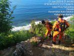 tim-sar-gabungan-melakukan-pencarian-terhadap-wisatawan-yang-diduga-jatuh-dari-tebing.jpg