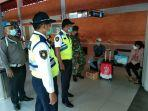 tim-terpadu-bandara-internasional-i-gusti-ngurah-rai-melaksanakan-ops-yustisi.jpg