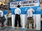 toilet-umum-india.jpg