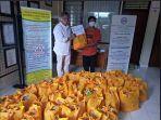 total-sebanyak-40-paket-sembako-diserahkan-oleh-mall-manager-duta-plaza-denpasar.jpg