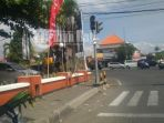 traffic-light-padam-di-persimpangan-mcd-sanur_20180602_195942.jpg