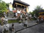 tribunbali-griya-patung-majapahit-15022015.jpg