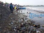 tumpukan-sampah-di-pantai-matahari-terbit_20180409_183300.jpg