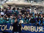 unjuk-rasa-mahasiswa-di-jakarta-menolak-uu-cipta-kerja.jpg