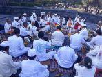 upacara-padayatra-dalam-acara-gema-perdamaian_20181006_175441.jpg