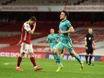 update-hasil-liga-inggris-the-reds-ngamuk-arsenal-hancur-lebur-dibombardir-liverpool-3-gol.jpg