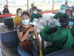 vaksinasi-pelaku-pariwisata-tempat-oleh-oleh-di-bali.jpg