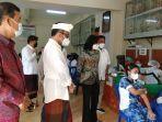 wali-kota-denpasar-ign-jaya-negara-meninjau-langsung-kegiatan-vaksin-bagi-siswa-siswi.jpg