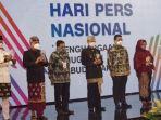 walikota-denpasar-rai-mantra-terima-anugerah-kebudayaan-pwi-pusat.jpg