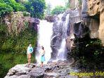 wisatawan-tengah-menikmati-spot-wisata-di-blangsinga-waterfall_20180903_132450.jpg