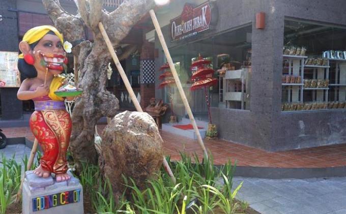 Jejak Bali Kuliner Resto Jadi Pilihan Semua Lapisan - 21040806_ANDRI01_JEBAK.jpg