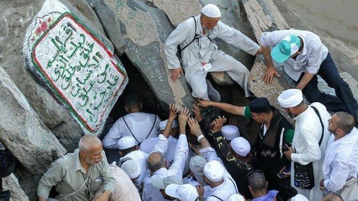 Kisah Malam Nuzulul Quran, Nabi Muhammad Didatangi Jibril hingga Menggigil saat Pulang Bawa Wahyu