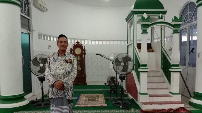 Masjid Jami Al Husna Tampak Menawan, Pijar Lampunya Berwarna Keemasan