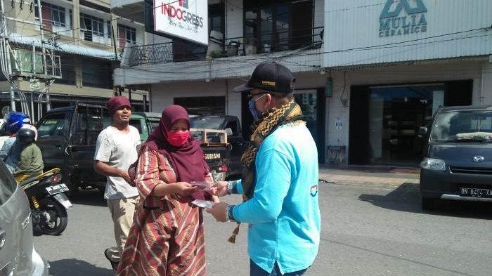 Kemenag Pangkalpinang Sebar Masker Gratis Bagi Pengguna Kendaraan di Wilayahnya
