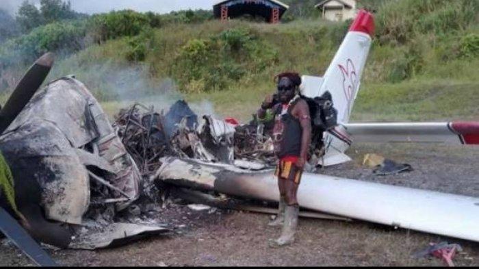 Pesawat MAF yang dibakar KKB di Intan Jaya, Papua,Sabtu (9/1/2021).