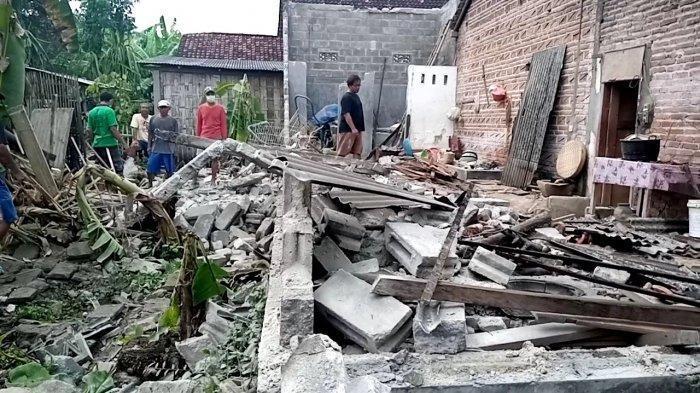 Kisah Bocah 1 Tahun Selamat dari Gempa di Malang, Rumah 30 Tahun Posisi Miring