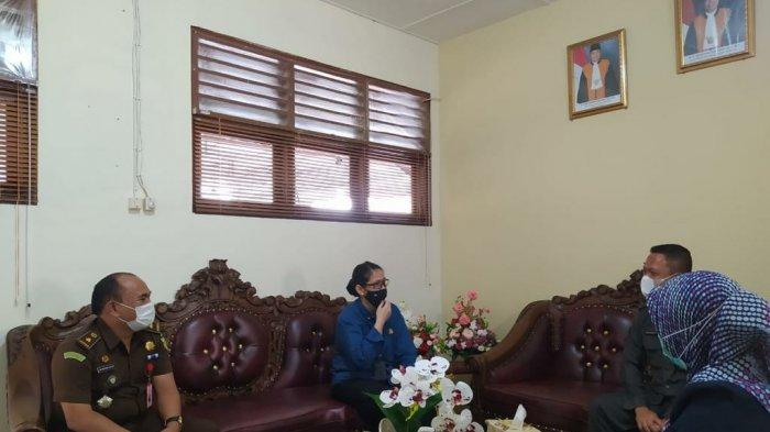 Kunjungan Kejari Bangka Barat ke kantor Pengadilan Negeri Muntok