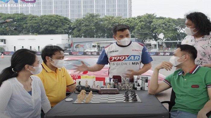 Duel Catur Raffi Ahmad VS Irene, Ayah Rafathar Tahan Imbang Sang GM Catur, Tapi Akui Kehebatan Irene