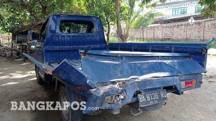 Diduga Rem Blong, Truk Fuso Tabrak Mobil Pick Up di Lampu Merah, Satu Korban Dilarikan ke Puskesmas