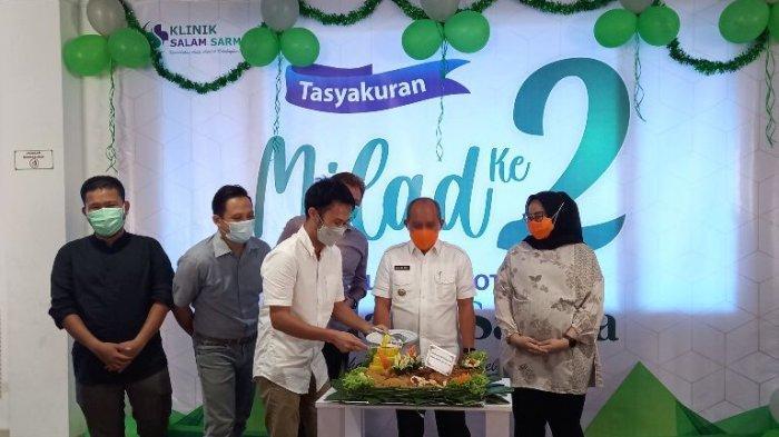 Wali Kota Apresiasi Kehadiran Klinik dan Apotek Salam Sarma, Serap Banyak Tenaga Kerja Lokal