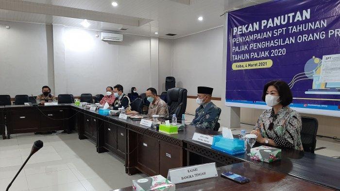 Pekan Panutan SPT tahunan orang Pribadi tahun pajak 2020 kembali dilaksanakan di ruang rapat Vip pemerintah Kabupaten Bangka Tengah, Kamis (4/3/2021)