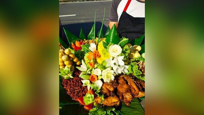 Indah dan Nikmatnya Nasi Tumpeng Warung Nasi Uduk Bude, Utamakan Penyajian dan Rasa - 20210306-tumpeng3.jpg