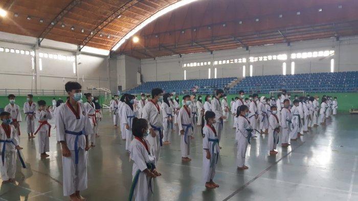 Tingkatkan Kemampuan, 325 Peserta Ikut Ujian Kenaikan Tingkat Taekwondo 2021 di Pangkalpinang - 20210307_ukt-taekwondo-pangkalpinang-01.jpg