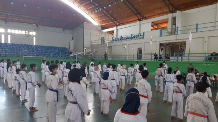 Tingkatkan Kemampuan, 325 Peserta Ikut Ujian Kenaikan Tingkat Taekwondo 2021 di Pangkalpinang - 20210307_ukt-taekwondo-pangkalpinang-02.jpg