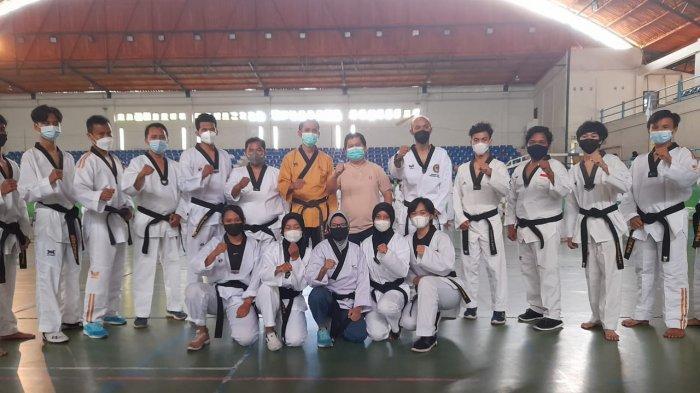 Tingkatkan Kemampuan, 325 Peserta Ikut Ujian Kenaikan Tingkat Taekwondo 2021 di Pangkalpinang - 20210307_ukt-taekwondo-pangkalpinang-03.jpg