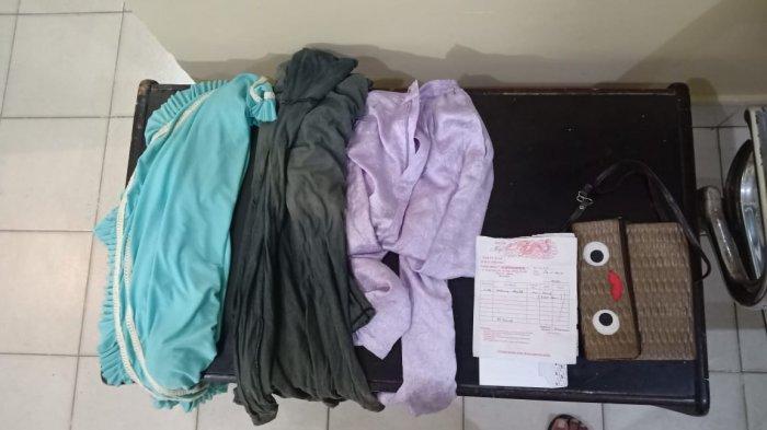 Polsek Simpang Tritip mengamankan AS pelaku pencurian di rumah pondok kebun di desa Simpang Tiga Kecamatan Simpang Teritip Kabupaten Bangka Barat, Jum'at (19/03/2021).
