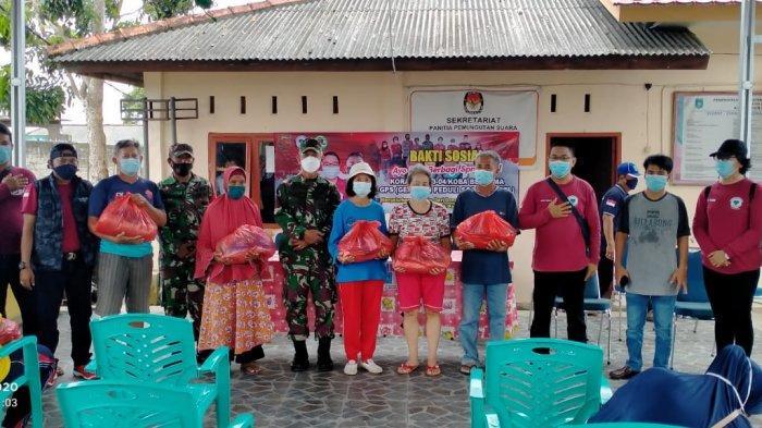GPS Babel Bersama Koramil 413-04 Koba Serahkan 100 Paket Sembako kepada Warga Bangka Tengah