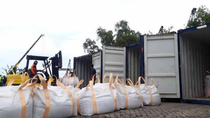 Sudah Dua Pekan Delapan Kontainer Zirkon Ditahan, DPRD Minta Hasil Pemeriksaan Disampaikan Terbuka