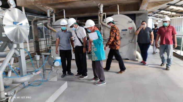Kepala Laboratorium UGM Tertarik Lihat Teknologi Pengolahan Singkong dan Sagu di PT BAA