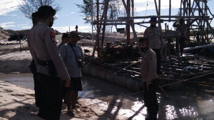 Penambang Kabur, Tim Gabungan Tertibkan TI Rajuk di Pantai Matras, Peralatan Tambang Dibongkar