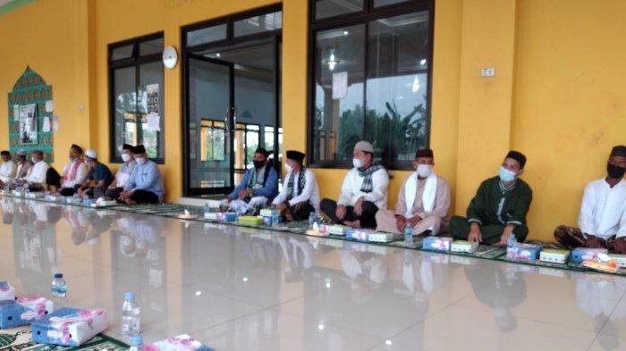 Bupati Bangka Gelar Safari Ramadan Pertama di Masjid Farhan Kamal Air Anyir