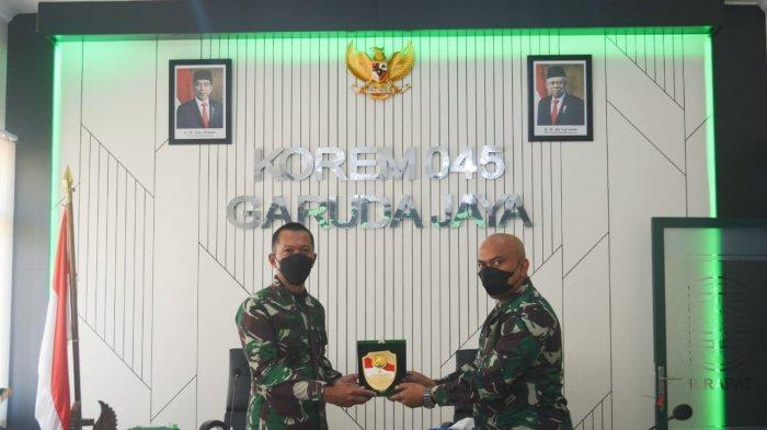 Danrem Bekali Pasis Seskoal Dikreg Angkatan LIX, Bahas Fungsi dan Sasaran Teritorial Korem 045 Gaya