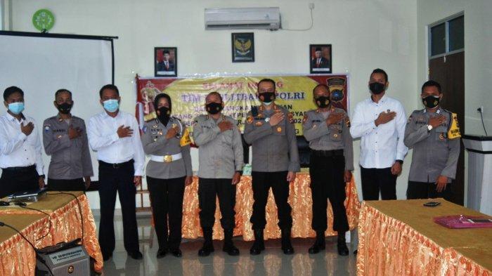 Foto bersama usai kegiatan Tim Pusat Penelitian dan Pengembangan (Puslitbang) Polri di Polres Pangkalpinang, Senin (19/4/2021)