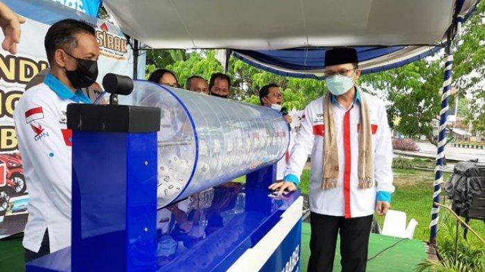 Tamron Raih Toyota Yaris dari Undian Grand Prize Tabungan Persirah Bank SumselBabel Cabang Koba