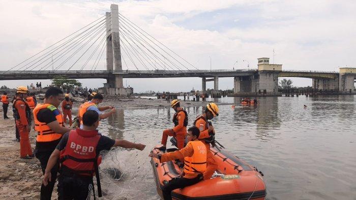 BREAKING NEWS, Remaja Laki-Laki Tenggelam di Muara Sungai Pangkalbalam, Ayah Lihat Anak Minta Tolong