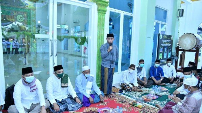 Bupati Bangka Mulkan Safari Ramadan di Kampung Jawa, Begini Pesannya