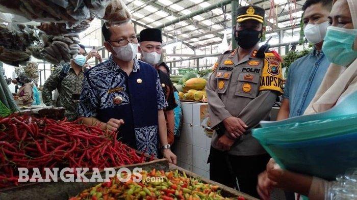 Sidak ke Pasar Modern Koba, Bupati Bangka Tengah Pastikan Stok dan Harga Bahan Pokok Aman